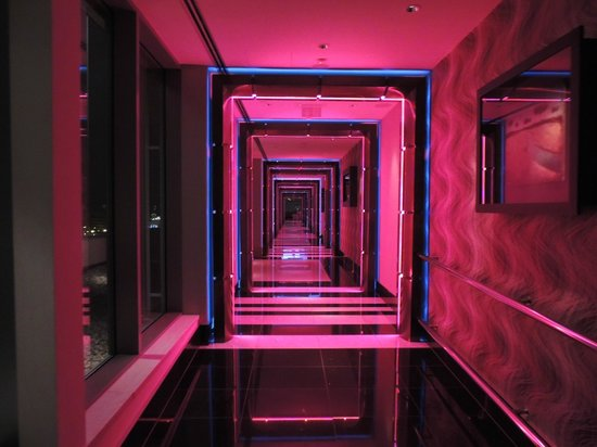 Hilton Prague: cloud bar
