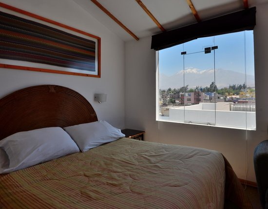 Hostal Solar : top floor -- excellent view of El Misti