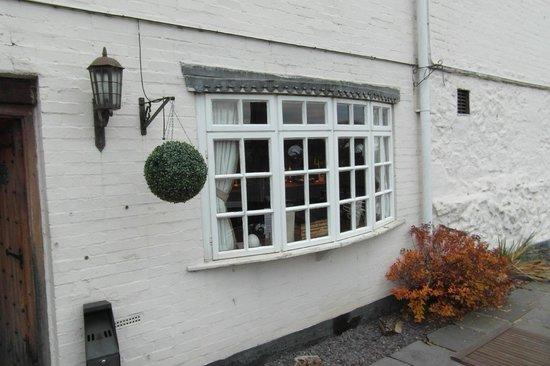 The Old Hand & Diamond: lovely old window(bar area)