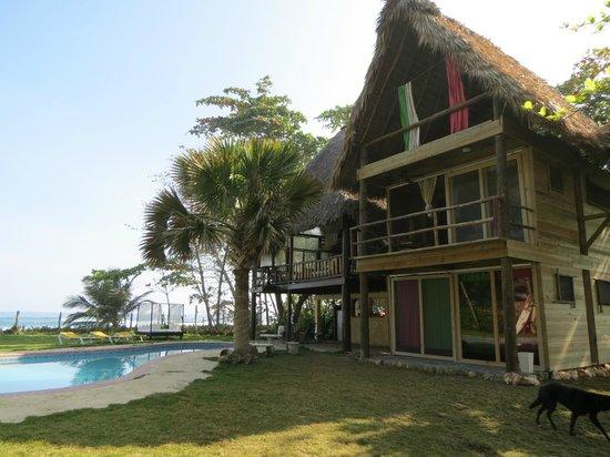 Cabarete Maravilla Eco Lodge & Beach : Cabana com a piscina