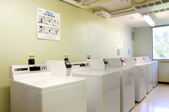 Residence & Conference Centre - Brampton : Laundry on each floor