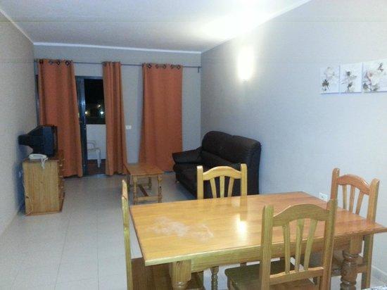 Aparthotel Lanzarote Paradise : Sofa area