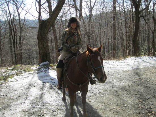 Vx3 Trail Rides : Danna enjoying the views