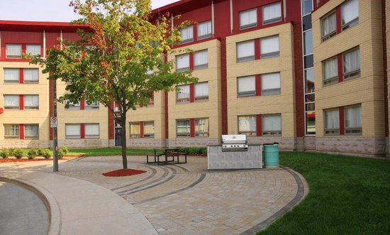 Residence and Conference Centre - Oakville: BBQ area