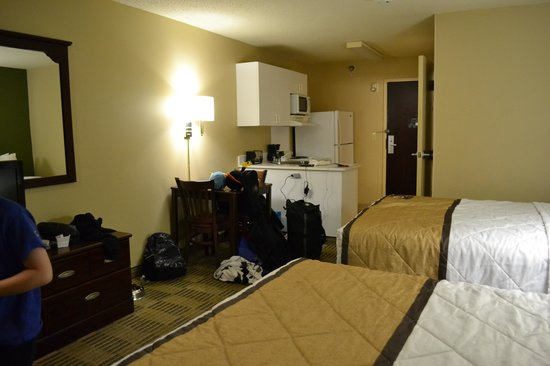 Extended Stay America - Albuquerque - Rio Rancho: kitchenette view