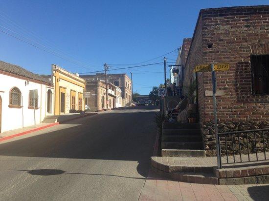 Cabo Azul Resort : downtown todo santos