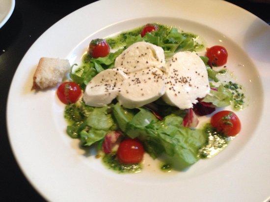 Paradiso: Mozzarella Salad