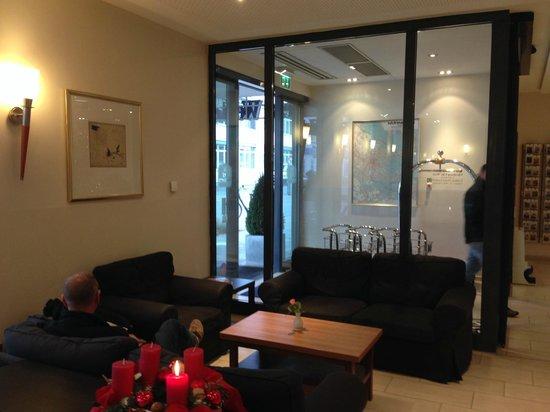 BEST WESTERN Hotel Nürnberg City West: Reception