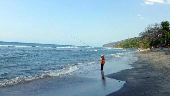 Qunci Villas Hotel: Am Strand vor den Qunci Villas in Lombok