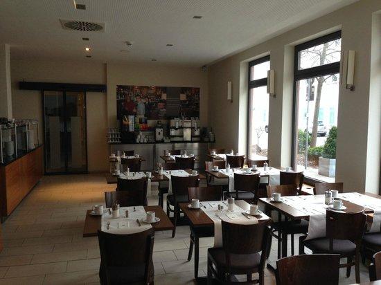 Best Western Hotel Nuernberg City West: Breakfast room