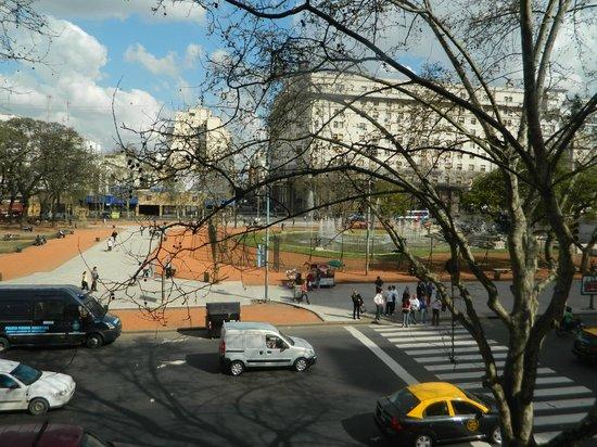 Hotel Plaza Congreso: Vista desde habitacion con Baño Compartido