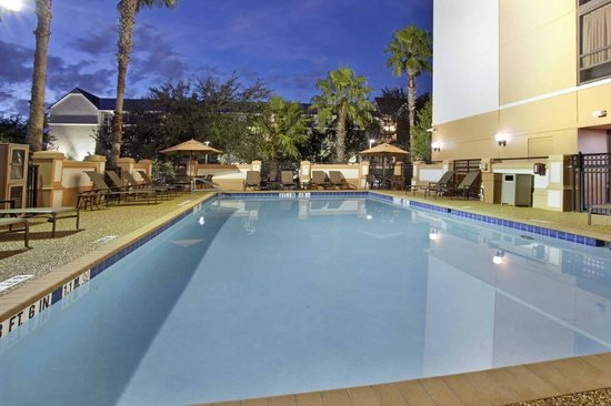 Hyatt Place Orlando/Convention Center : Enjoy our outdoor heated pool