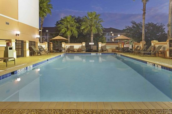 Hyatt Place Orlando/Convention Center : The pool is open 6am-10pm