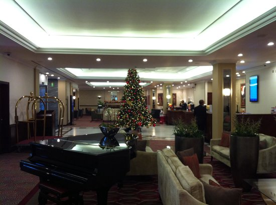 Radisson Blu Portman Hotel, London : Reception area