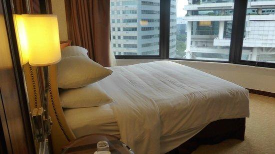 Shangri-La Hotel Kuala Lumpur: Bedroom