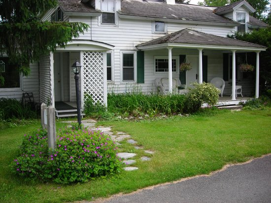 Shaker Meadows Bed and Breakfast 사진