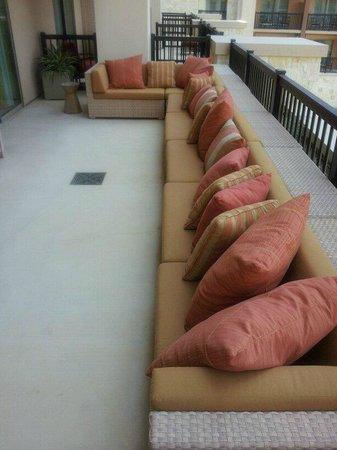 JW Marriott San Antonio Hill Country Resort & Spa : big balcony