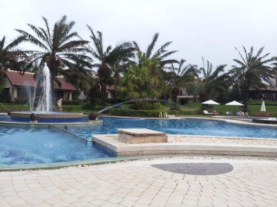 Palm Garden Beach Resort & Spa: Resort pool