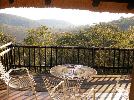 Bushbaby Lodge: View from balcony chalet 2