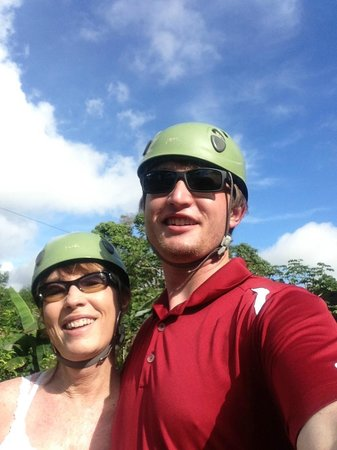 Osa Mountain Adventures : Gearing up for the canopy tour