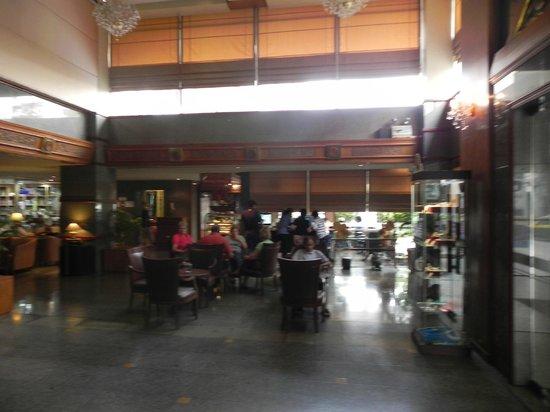 The Manhattan Sukhumvit Bangkok: hall