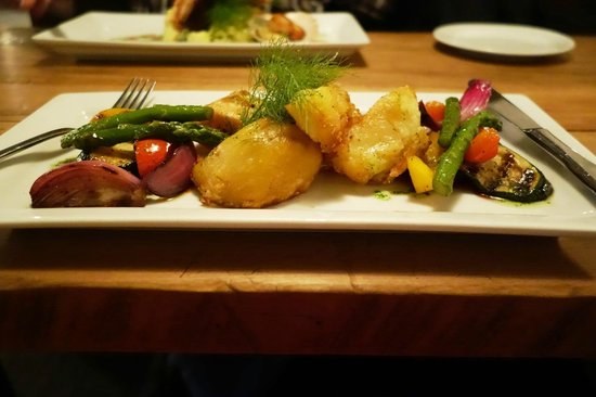Redcliff Restaurant & Bar : Veggies without the beef 29 $