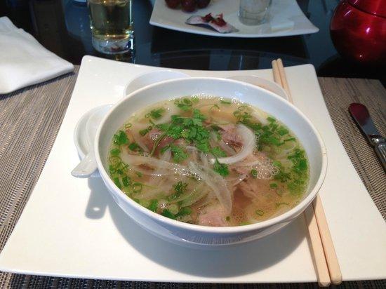 InterContinental Hanoi Westlake : Pho