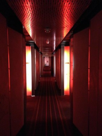 The Hoxton, Shoreditch : Hotel corridor