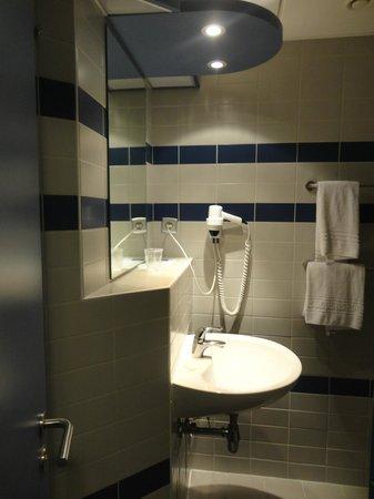 Floreal La Roche: Salle de bain
