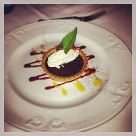 Rowley Manor Country House Hotel: Bourbon tart yummy