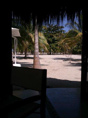 Merecumbe Hotel: vista desde el comedor a la playa
