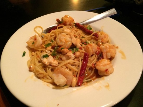 California Pizza Kitchen Pasta kung pao chicken and shrimp pasta - picture of california pizza