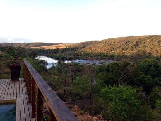 Aloe Ridge Self Catering: Late afternoon river view