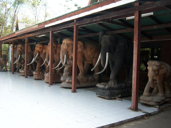 Royal Thai handicraft center: Stables for carved elephants