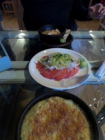 Restaurant Cafe Cangrejo Rojo: Pie, Salat und Meeresfrüchte