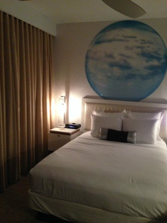 Blue Moon Hotel - Autograph Collection : Room