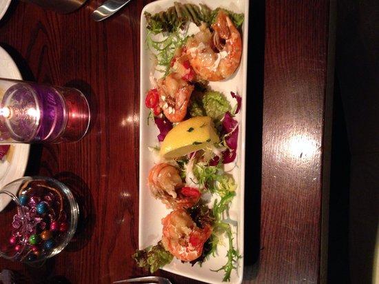 Hyltons: King prawns with chilli and garlic