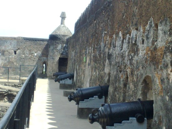 The Royal Palace hotel: INSIDE THE FORT
