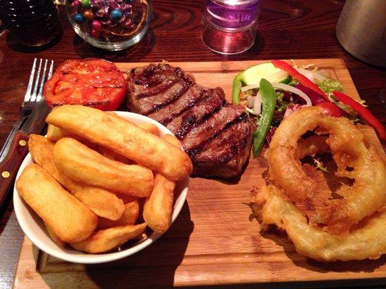 Hyltons: Sirloin steak