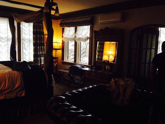 Abigail's Hotel: Foxglove