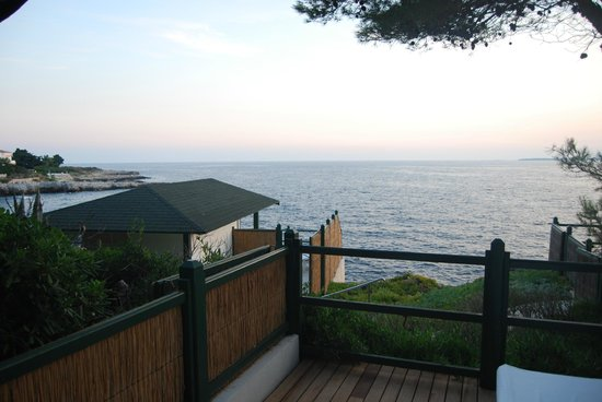 Hotel du Cap Eden-Roc: private Cabanas