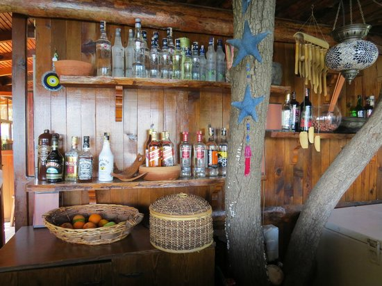 Happy Caretta Hotel : The Bar.