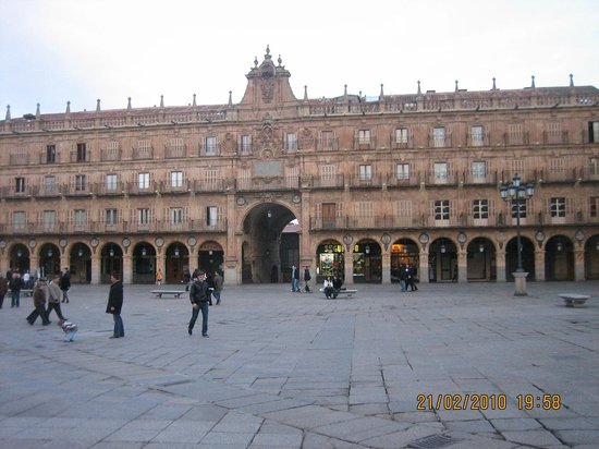Salamanca's Plaza Mayor : La Plaza
