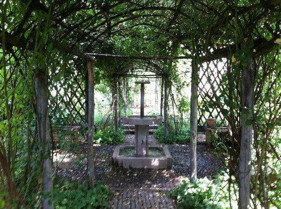 Rocca di Angera, il giardino medievale