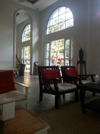 The Frangipani Royal Palace Hotel : reception