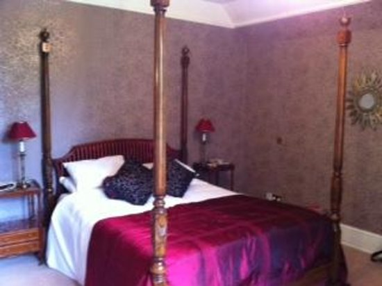 Northcote Manor Country House Hotel: Four Poster Bed