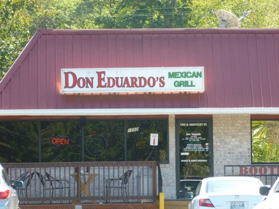 Lakeview Inn Kingston: On site Dining with Don Eduardo's Mexican Gril