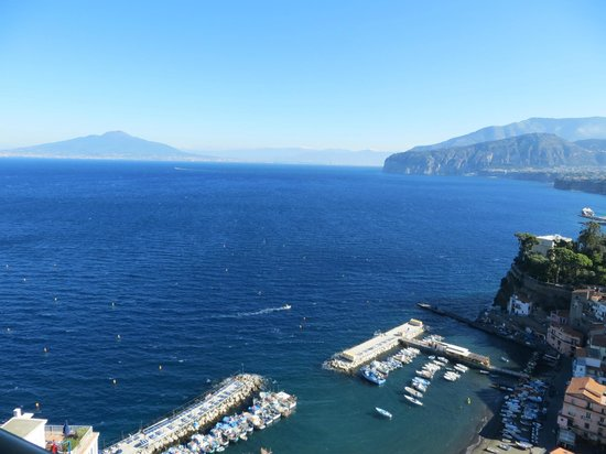 Hotel Bristol: View across the Bay of Naples