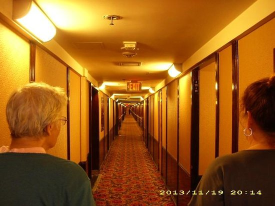 Never Ending Hall Of Queen Mary Hotel Rooms Main Level Picture Of
