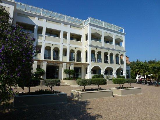 Corfu Mare Boutique Hotel: Very nice hotel